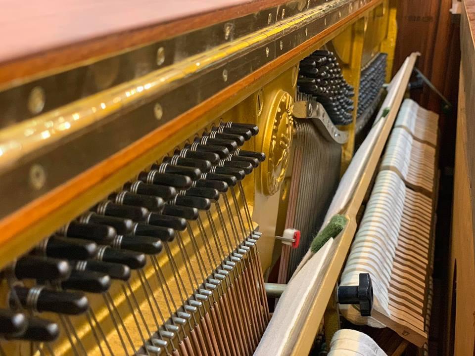 Đàn Piano Yamaha W101_05