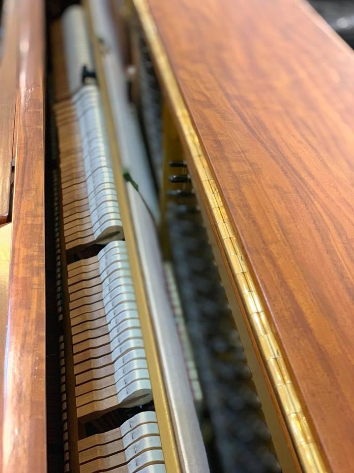Đàn Piano Yamaha W101_06