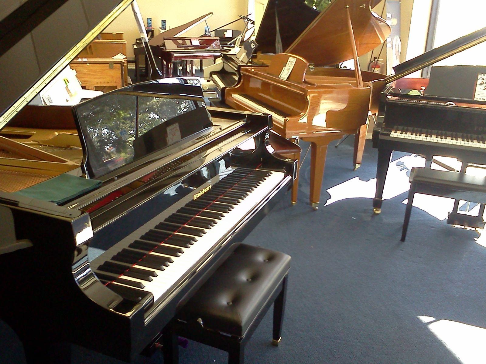 Giá đàn piano cơ giá rẻ cũ nhật bản