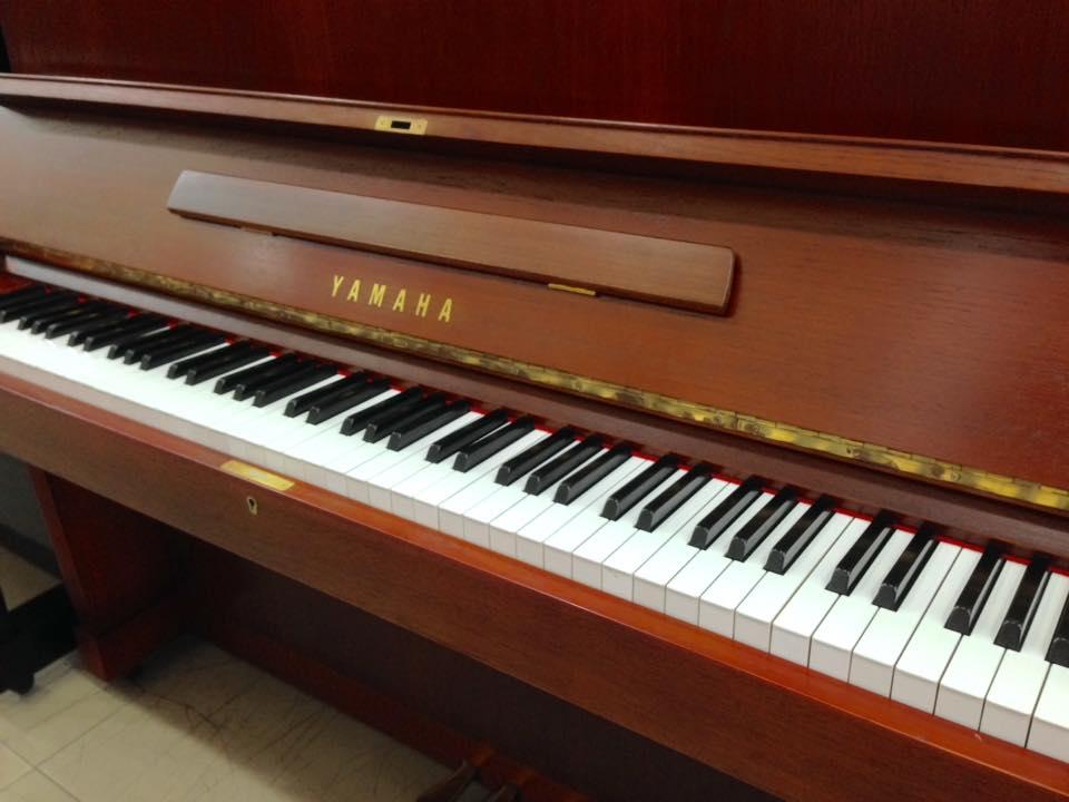 Piano Yamaha W103