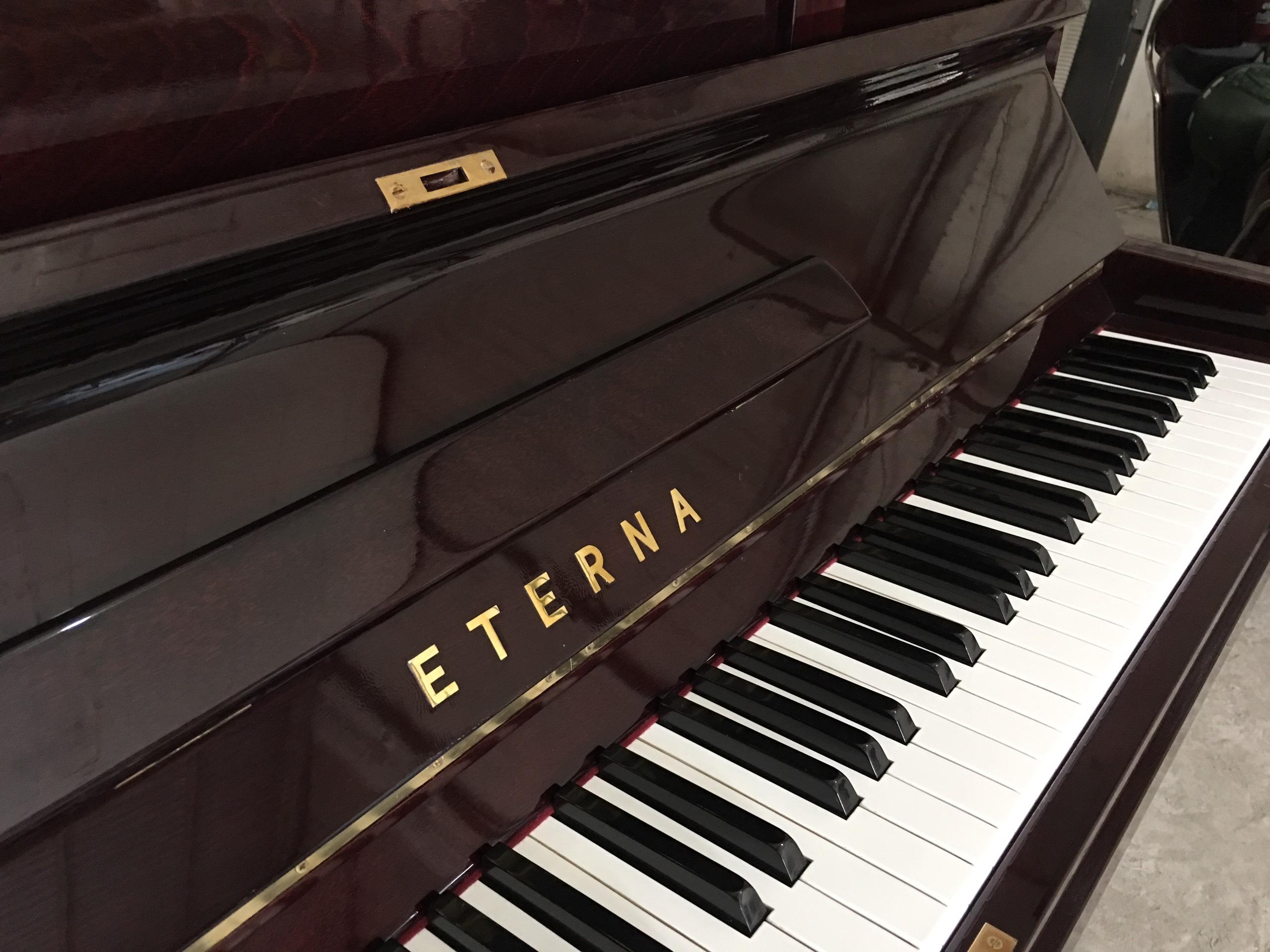 Piano Eterna