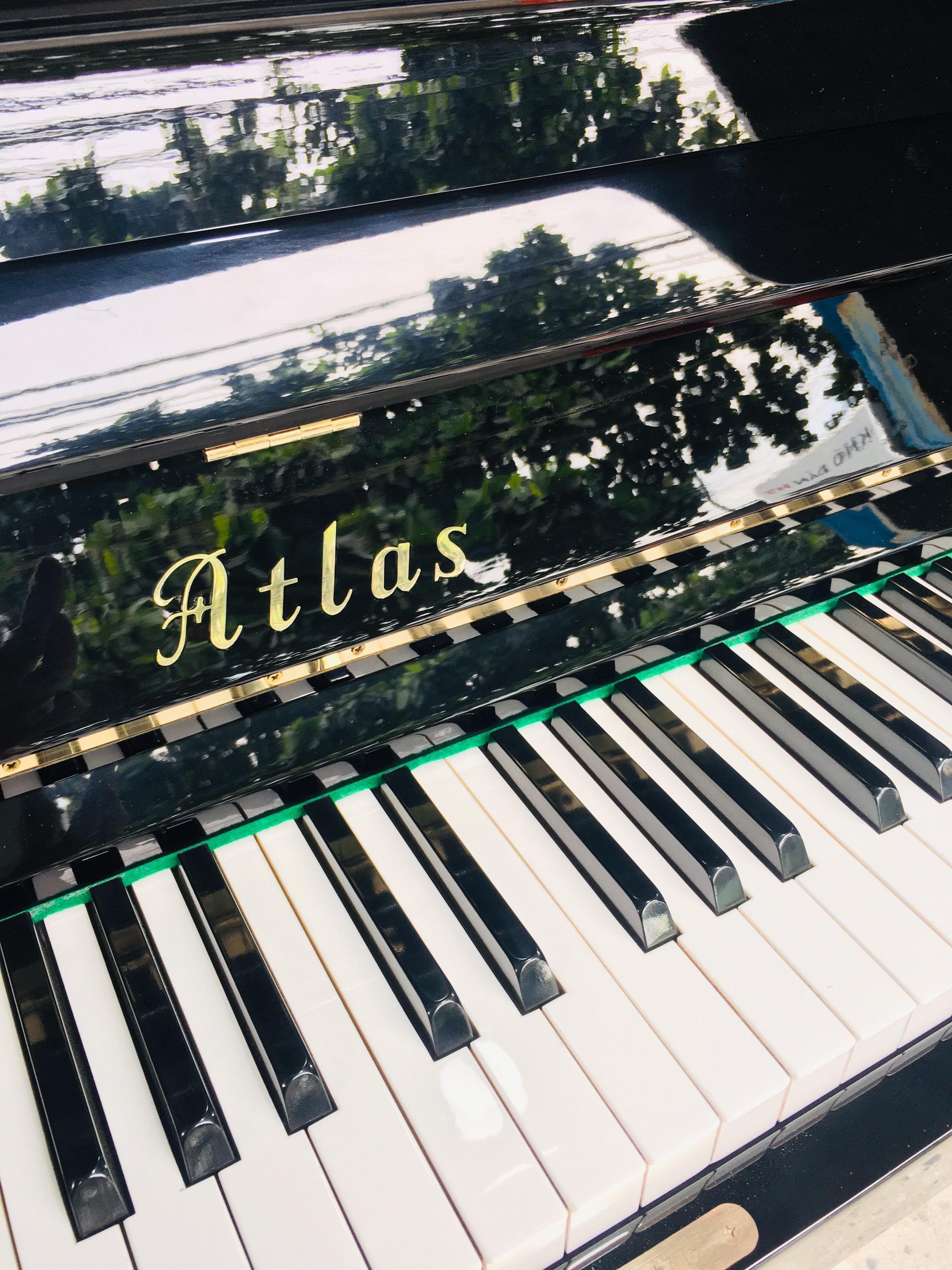 Piano Atlas A11K