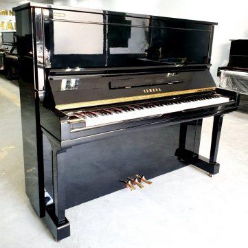 Đàn Piano Yamaha U300 01