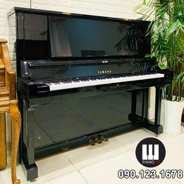 PIANO Yamaha YUA 01